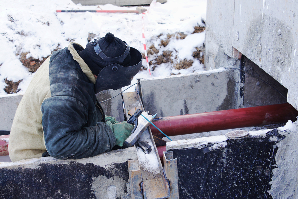 Cold weather sees biggest drop in construction since 2009