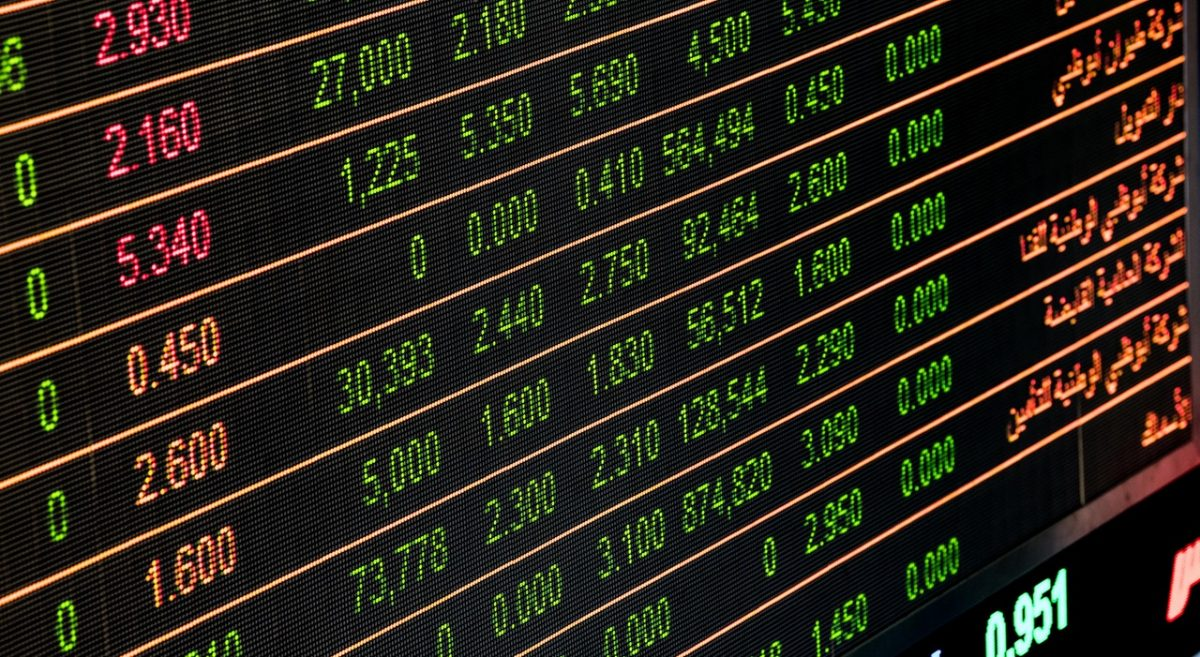 What is Arbitrage in Currency Trading?
