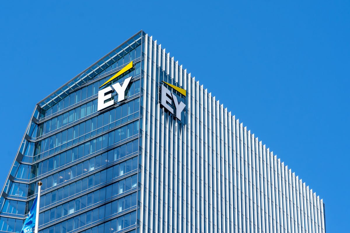 EY fined £3.5m for Stagecoach audit failings